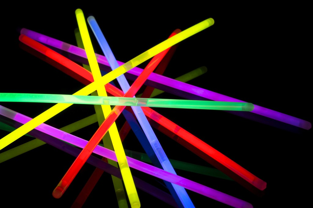 171204-glowsticks